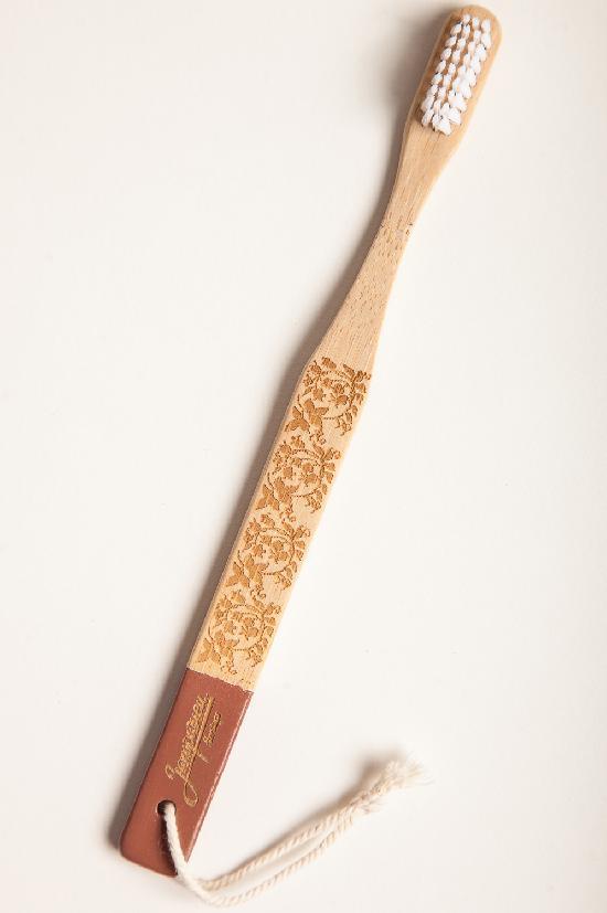 Зубная щётка ЗАПОРОЖЕЦ Bamboo Toothbrush SS18 (Коричневый (Dobro))