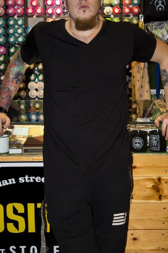 асимметричная футболка IGAN (черная) M№0109
