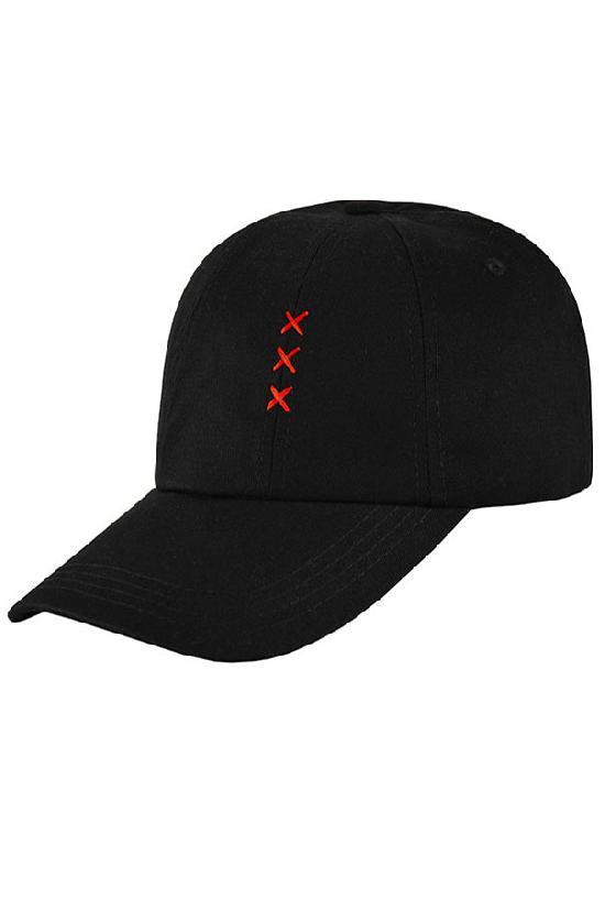 Бейсболка классическая/ К17015 Красные иксы и кольцо сзади / чёрный