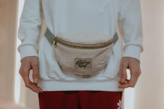 Поясная сумка SKFN Cross (плюш)